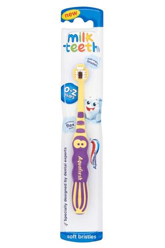 Aquafresh milk teeth soft 0 - 2 roky dětský zubní kartáček